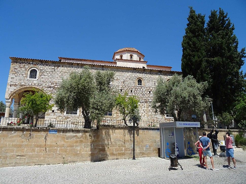 Didyma mosque church