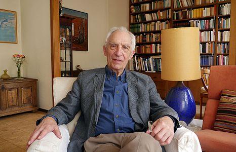 Dieter Wellershoff - Schriftsteller (2014).jpg