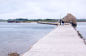 Île-d'Arz - The tide mill and its dike.