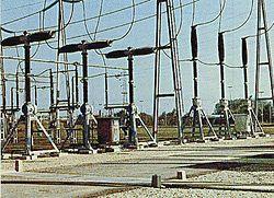 Disjoncteurs 245 kV dans un poste AIS