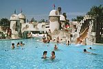 Disney's Caribbean Beach pool before renovation.jpg