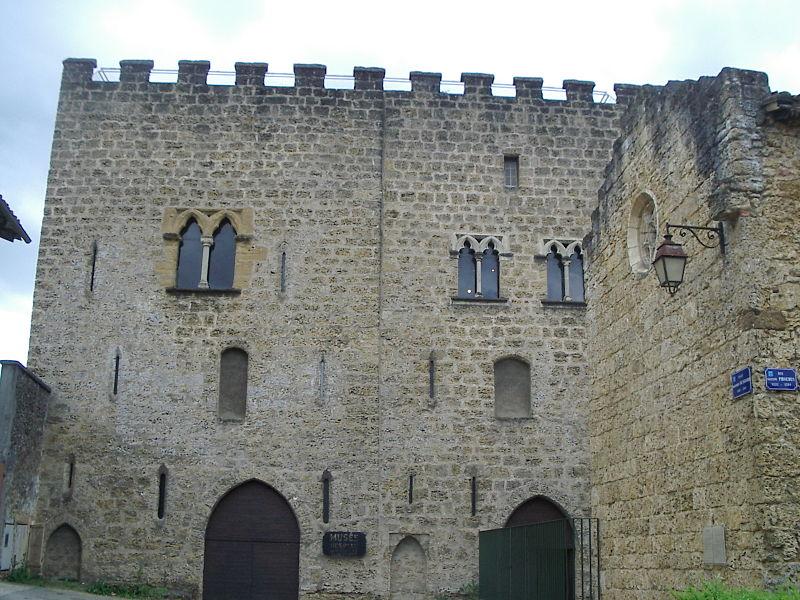 Donjon Lacataye (Inscrit)