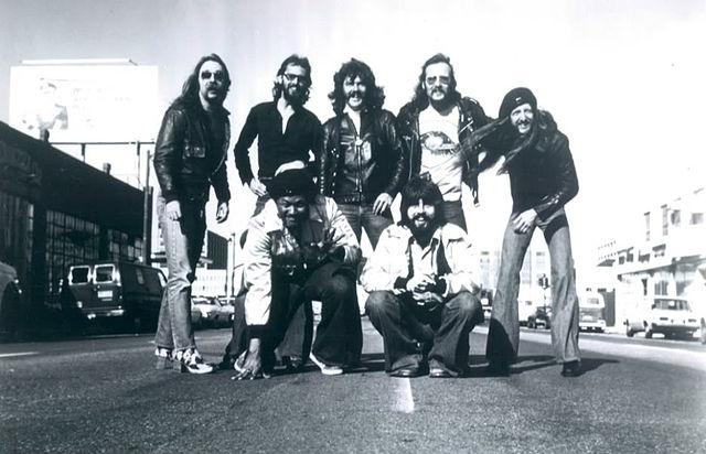 File Doobie Brothers 1976 Jpg Wikimedia Commons