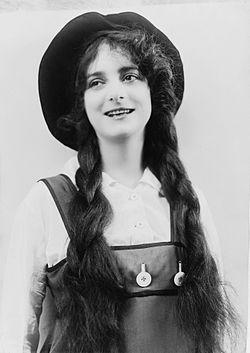 Dorothy Bernard.jpg