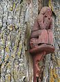 Dovydžių ąžuolas, skulptūrėlė.JPG
