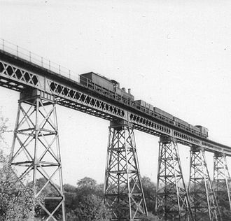 Dowery Dell - Dowery Dell Viaduct with steam train passing towards Longbridge