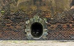 Drainage tunnel, Benteng Pendem, Cilacap 2015-03-21.jpg