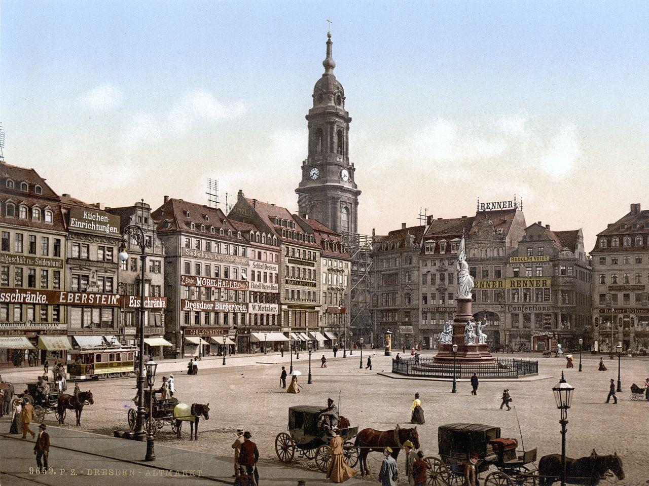 Altmarkt in Dresden mit Kreuzkirche und Germania um 1890