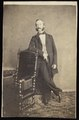 Dupont, Joseph - carte de visite, Portret van een man, staand.tif