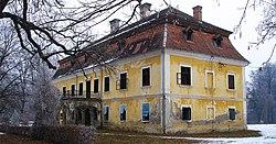 Dvorac Baruna Trenka.jpg