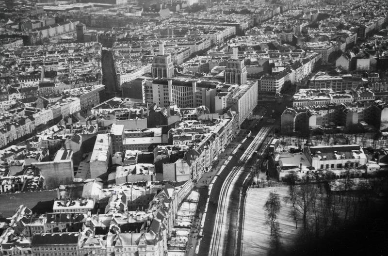 ETH-BIB-Hermannplatz, Berlin mit Karstadt-Weitere-LBS MH02-15-0023