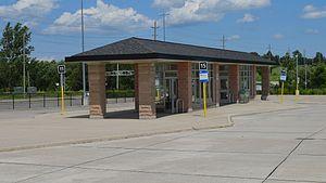East Gwillimbury GO Station - The GO/YRT bus terminal