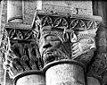 Eglise - Chapiteau - Aulnay - Médiathèque de l'architecture et du patrimoine - APMH00027319.jpg
