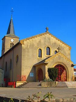 Eglise Ste Marie Chenes.JPG