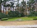 Ehrenfriedhof-cap-arcona-scharbeutz-haffkrug-gedenkstein-hochkreuz.JPG