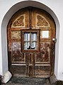 Eingangstüre mit eingebautem Fenster in Arriach Nr. 8, Bezirk Villach-Land.jpg