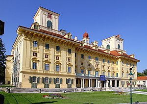 爱斯特哈泽宫