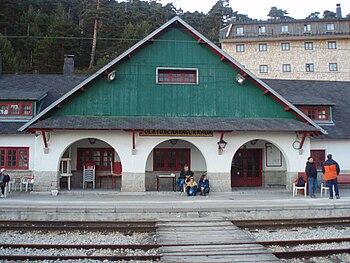 Edificio de la estación del Puerto de Navacerrada