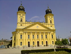 Facade of Great Protestant Church of Debrecen.jpg