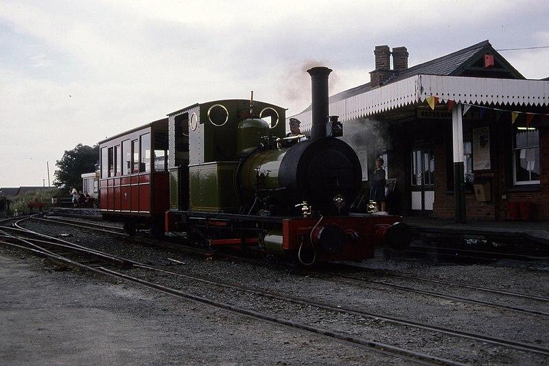 File:Fletcher Jennings 0-4-0T 63 of 1866, Talyllyn Railway No.2 'Dolgoch' Tywyn 9.8.1994 Scans974 (10759291635).jpg