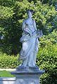 Flora Suedlicher Marmorbrunnen Schlosspark Herrenchiemsee-1.jpg