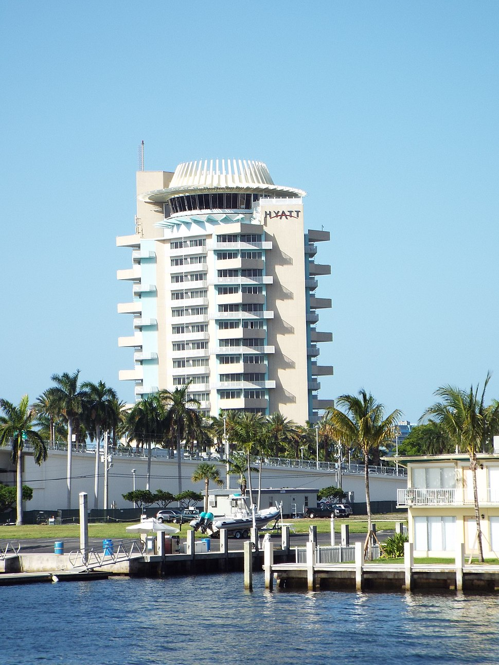 Florida-Fort Lauderdale Haytt Hotel-by FLW-1957