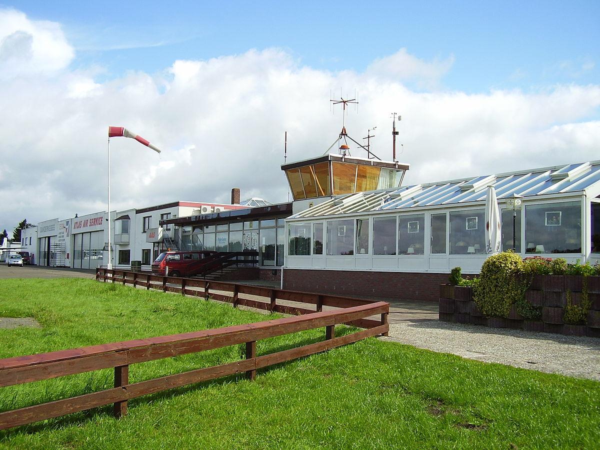 Flugplatz ganderkesee wikipedia for Airfield hotel ganderkesee