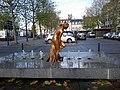 Fontaine place de bretagne - panoramio.jpg
