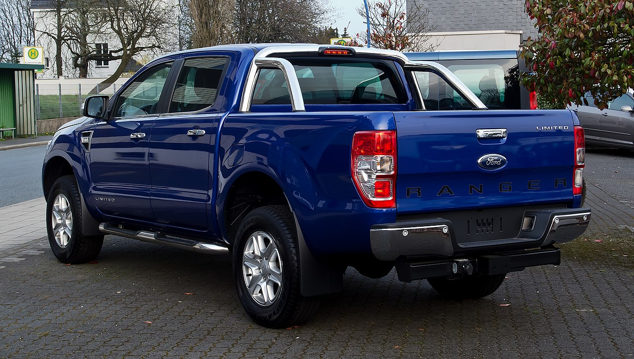 datei ford ranger 2 2 tdci limited doppelkabine iii heckansicht 6 april 2012. Black Bedroom Furniture Sets. Home Design Ideas
