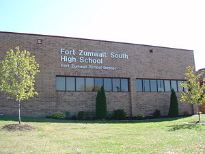 Fort Zumwalt South High School - Image: Fort Zumwalt South High School