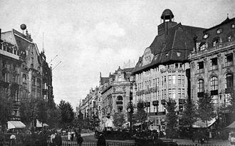 Mathilde Hannah von Rothschild - Zeilpalast (second building from the right) in Frankfurt, 1910.