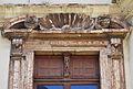 Frontó de la finestra del balcó de l'alqueria de Julià, València.JPG