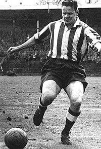 Gösta Sandberg DIF i en alsvensk match på Stockholms Stadion den 10 oktober 1964.
