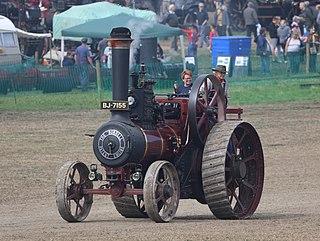 Traction engine Steam-powered haulage engine