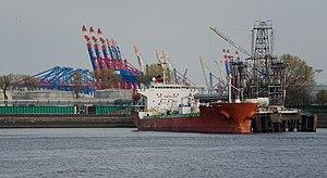 Global Vika im Hamburger Tankschiffhafen.jpg