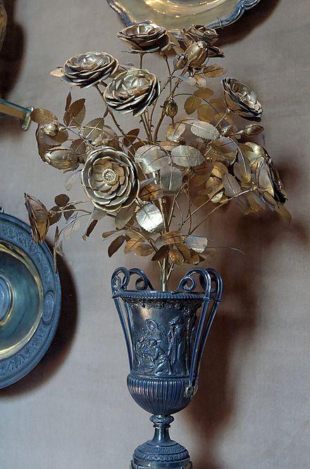 Rosa de Ouro da Biblioteca Apostolica Vaticana