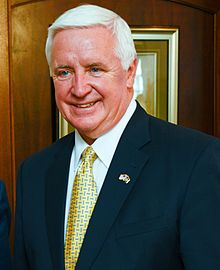 Gov. Tom Corbett cropped.jpg