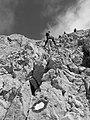 GrSasso Segnali del persoso tra la roccia.jpg