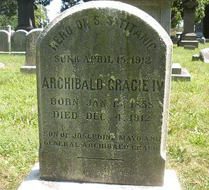 Archibald Gracie IV - Gracie's grave marker, Woodlawn Cemetery, Bronx