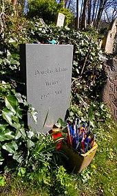 Douglas Adams Last Chance To See Pdf