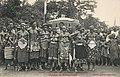 Groupe de féticheuses (Dahomey) (1).jpg
