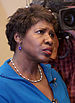 English: Reporter Gwen Ifill at a rally in Erl...