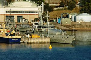 HMAS Waterhen (naval base) - Image: HMAS Armidale at Waterhen