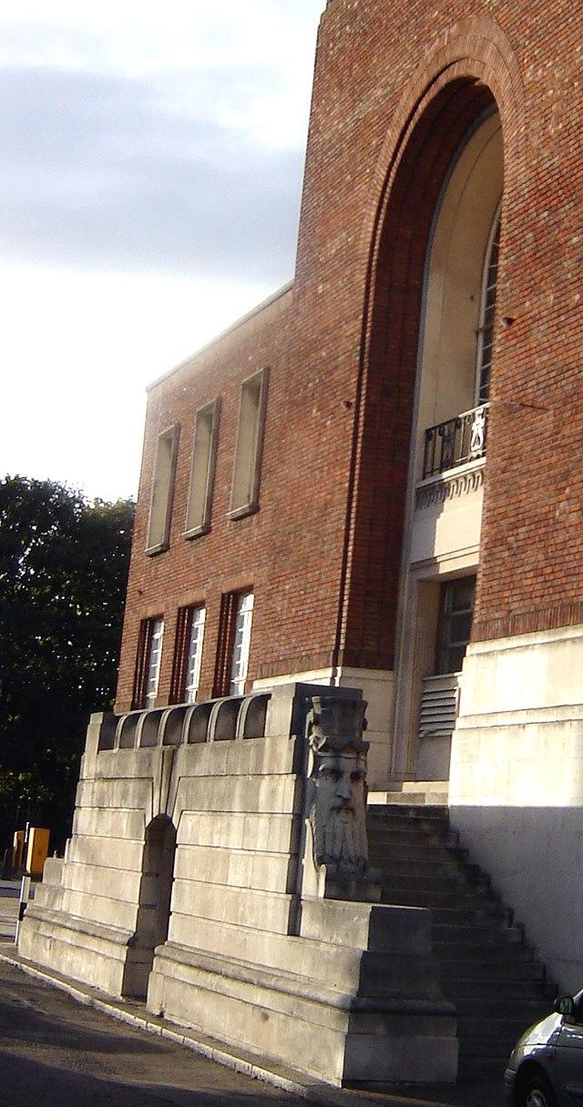 Hammersmith town hall2