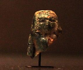Head of a female statuette-E 27301
