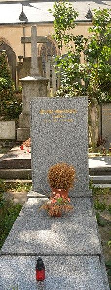 File:Helena Zmatlíková hrob Vyšehrad.jpg
