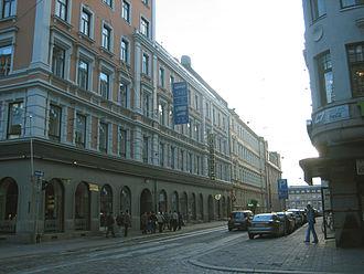 Kaisaniemi - Image: Helsinki, Kaisaniemi, Vilhonkatu