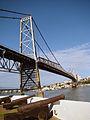 Hercílio Luz Bridge cannons.jpg