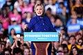 Hillary Clinton (30765354975).jpg