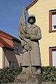 Hoehfroeschen-Kriegerdenkmal-04-gje.jpg